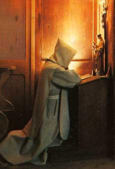 moine en priere